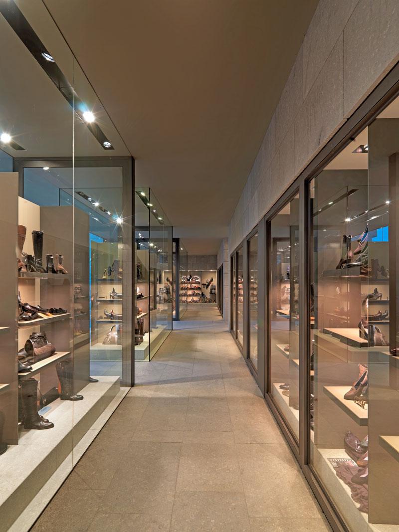 Schoenen Van Loock te Zandvoorde